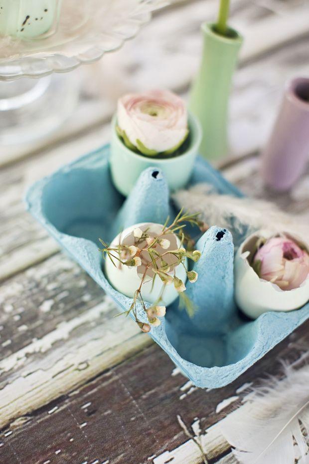 #easter #påske #decoration #eggs #colors #myhome http://stineshjem.blogspot.no/2013/03/god-paske.html