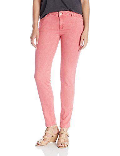 DL1961 Women's Iris Relaxed Trouser Jeans Side slash pocketsTwo welt back pockets  7 for all mankind, calvin jeans, Diesel, dl1961, g-star, guess jeans, Hollister, Hudson, hudson jeans, Iris, j brand, jeans, levi, lucky brand, paige jeans, pepe jeans, Relaxed, Superdry, TROUSER, true religion, Womens