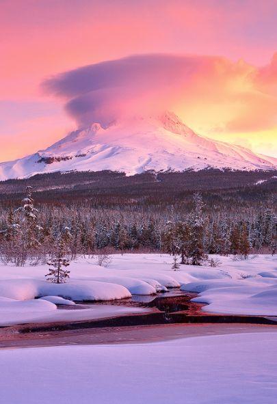Mount Hood Meadow, Oregon, USA,by Jarrod Castaing, on flickr.