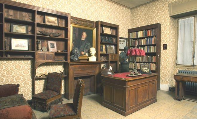 Lo studio privato di Lombroso donato dagli eredi al Museo, nella sede di corso Galileo Galilei