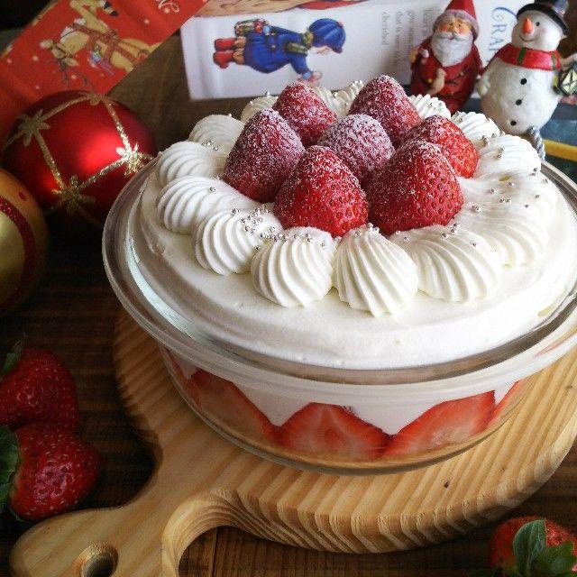 こんにちは! 楽天さまのサイト『それどこ』に クリスマスケーキの記事を寄稿させていただきました。 srdk.rakuten.jp スコップケーキ パイタルト ブッシュドノエル の三種類です。 テーマは子どもと簡単に作れるクリスマスケーキ。 デコレーションを工夫したり、 市販の物を使ったりして 比較的失敗が少なく、そして見映えも譲らない三種類のケーキができあがっております 今年のクリスマスは手作りケーキ、 いかがでしょうか? よろしければアクセスいただけるとうれしいです。 srdk.rakuten.jp
