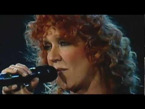 Pierangelo Bertoli & Fiorella Mannoia - Pescatore - Live - Real - HQ - HD - By Mrx - YouTube