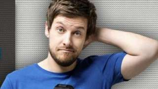 Comedian Chris Ramsey arrested in underpants over mistaken identity - BBC News