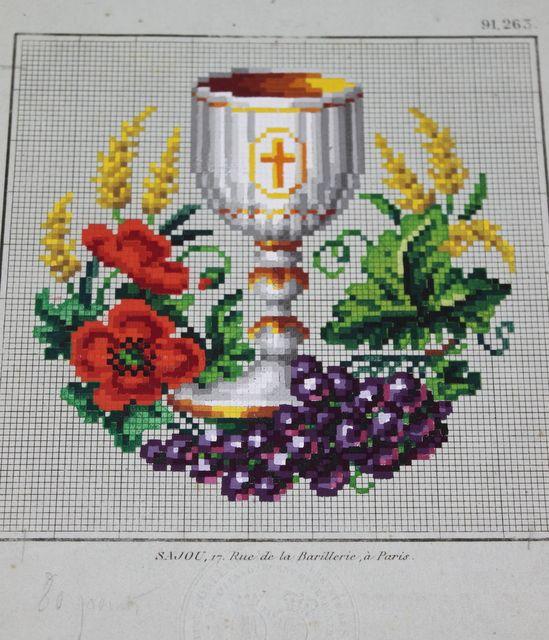 Sajou, Christian symbols
