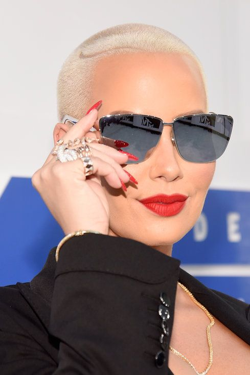 Amber Rose - Best Beauty Moments At The 2016 VMAs