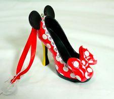 nwt disney minnie mouse runway shoe ornament