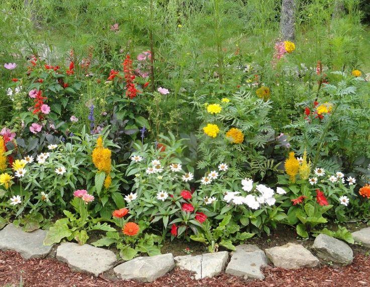 Create fresh garden look in rustic garden d cor rustic flower garden decor creator flower - Rustic flower gardens ...
