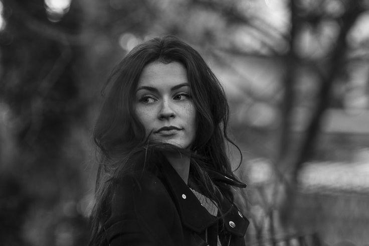 Photographe portrait Grenoble / Voiron / Les Abrets / Bourgoin Jallieu / Chambéry /rhône-Alpes #lifestyle #portrait #mode #book #photographie www.noemie-m.com Noémie Montanari Photographe événements/book