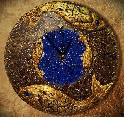 """Часы """" Созвездие рыб""""."""
