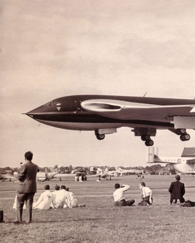 USAF X-series experimental aircraft - In fact it is British Victor bomber, mass-produced and well-known.