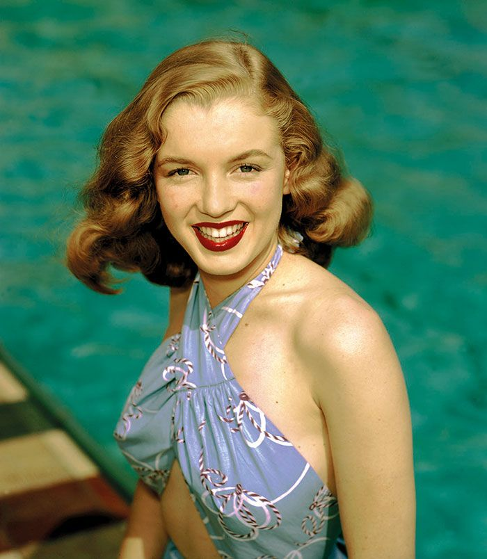 a report on norma jeane aka marilyn monroe Following her idol jean harlow, norma jeane decided to choose her mother's maiden name of monroe several variations such as norma jeane monroe and norma monroe were tried and initially jeane monroe was chosen.