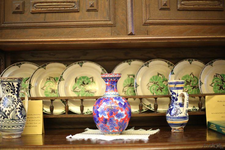 Romanian pottery.
