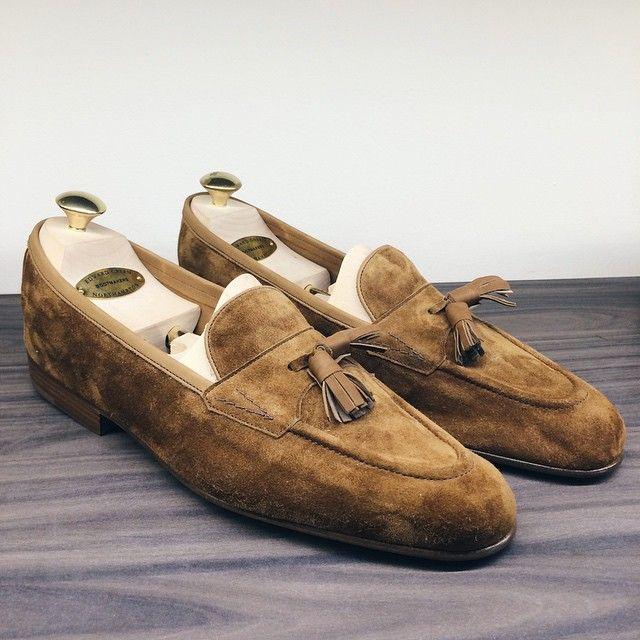 masonandsmith:  Edward Green unlined loafers now available at Kevin Seah #shoeshine #shoegazingblog #edwardgreen