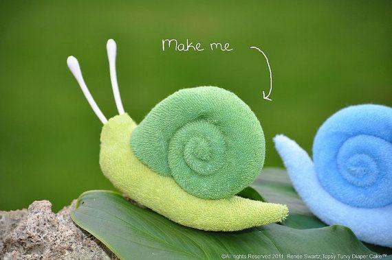How to Make a Washcloth Snail for Diaper Cake - Video via Etsy CUTE, CUTE, CUTE!!!