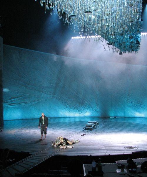 Frankenstein at the National Theatre - Benedict and Jonny Lee Miller. Amazing set, great photos