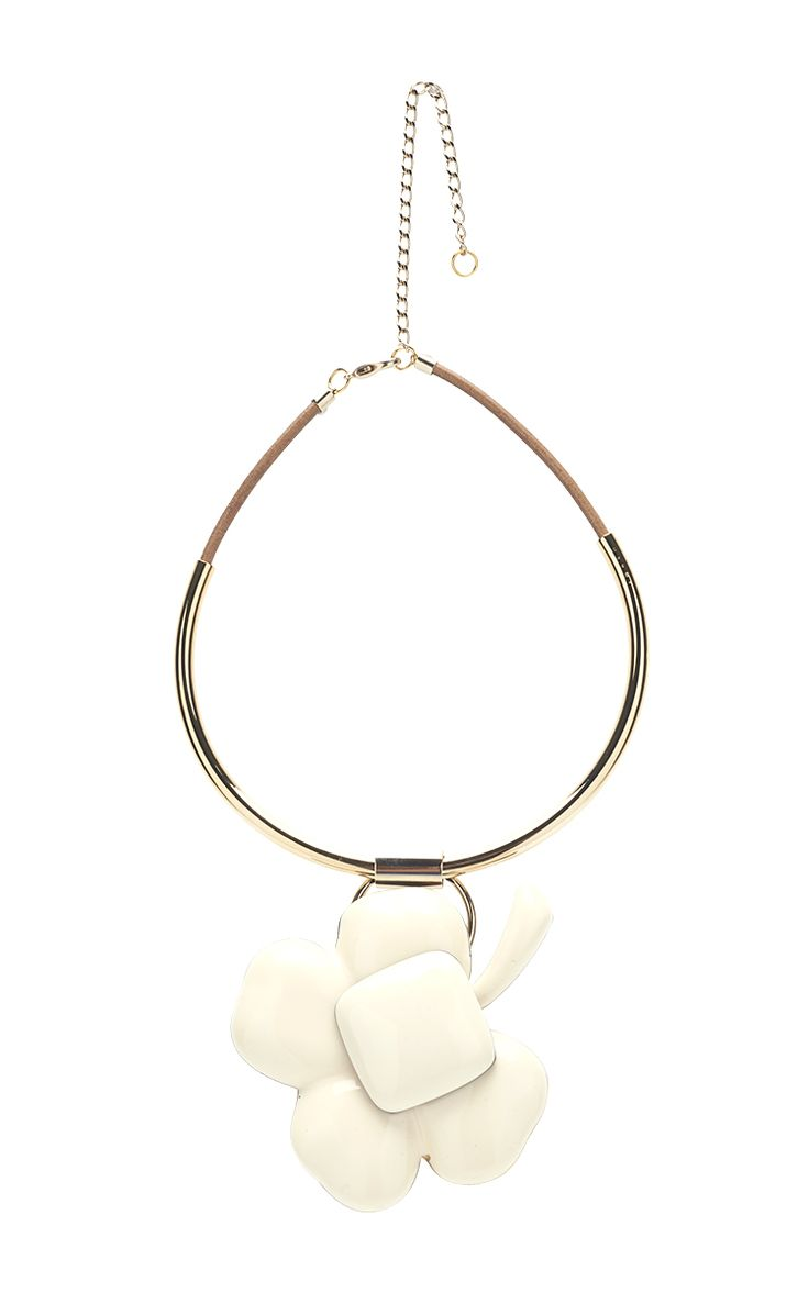White Flower Pendant Necklace - Marni Pre-Spring 2016 - Preorder now on Moda Operandi