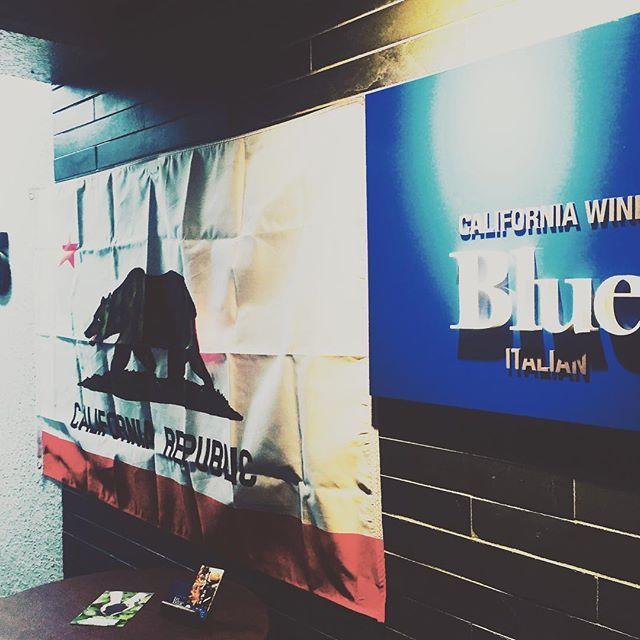 麻布十番Blue田原です! 本日の空席状況です! カウンター1席 テーブル4名✖︎1席2名✖︎1席 空いてます! ご来店お待ちしてまーす^_^ #ナパバレー#napavalley #麻布十番#麻布十番blue #イタリアン#カリフォルニアワイン #新潟#魚沼#肉#魚