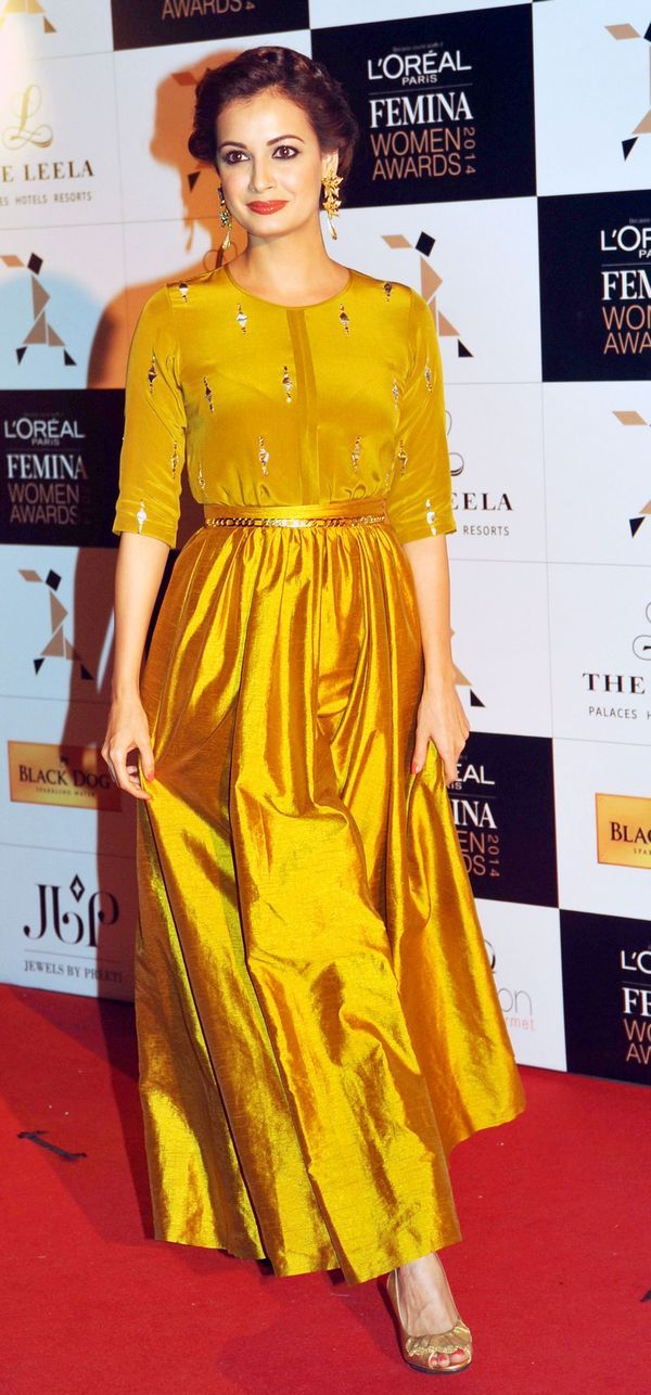 dia mirza wearing gold mustard raw silk skirt with matching top