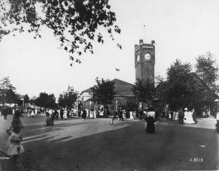 Wayback Wednesday: The firehall at Exhibition Place way back in 1905! Cool!