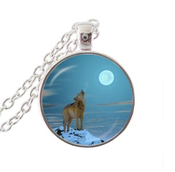 Ketting+Huilende+Wolf+In+The+Moon+sieraden+hangers+van+Madame+Butterfly+JEWELLERY+op+DaWanda.com