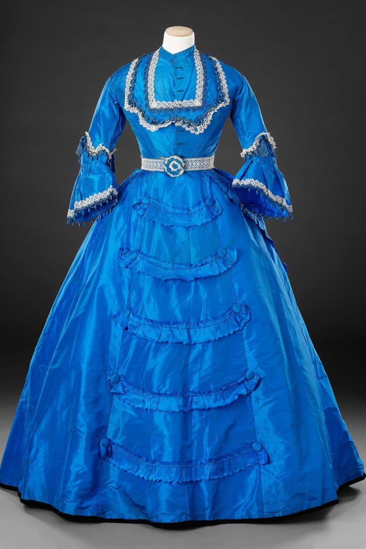 Dress with day and evening bodices 1869-1870
