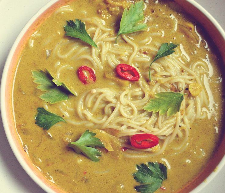 Préparez vous une bonne entrée de soupe thaïlandaise pour réchauffer votre cœur.