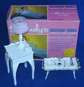 10 DAY AUCTION - Vintage Boxed Pedigree SINDY Doll Bedside Table Lamp  Breakfast Tray Set