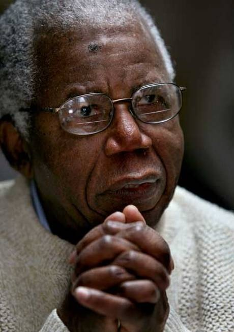 'Father of African literature' Chinua Achebe dies'