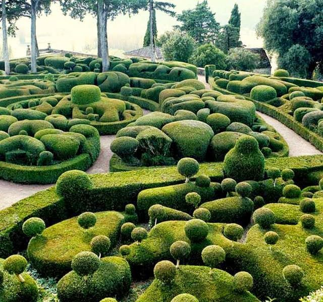 Marqueyssac Gardens – Vézac, France - How is this even achieveable!