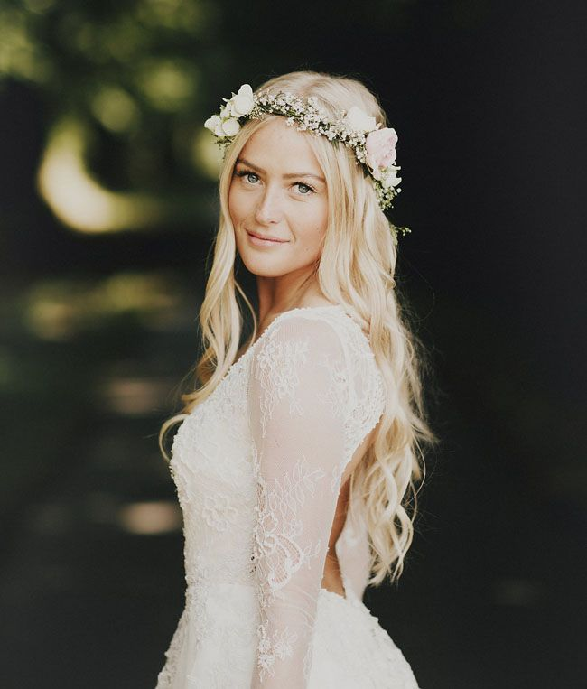 Lush; although erring towards hippy: French flower crown bride // Château le Mont Epinguet French wedding: Romantic Provencal Wedding Inspiration In Champagne Peach And Shades Of Blue | fabmood.com