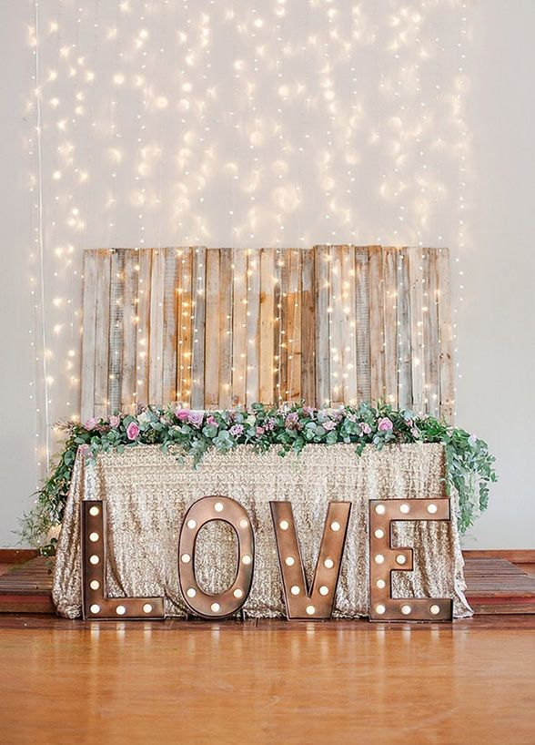 Marquee lights have been present in the entertainment realm for ages. Now this trend has made its way into the wedding world and taken it by storm. From signage to cakes, who doesn't want to see their name in lights?! Every bride deserves to feel like an A-Lister on their wedding day. Lucky for you