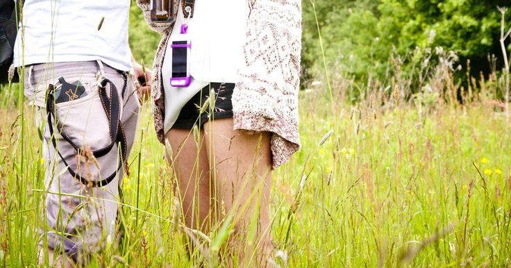Attaches to belt loop, your phone can't fall silently out of your pocket!