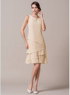 A-Line/Princess Scoop Neck Knee-Length Cascading Ruffles Zipper Up Regular Straps Sleeveless Yes 2015 Champagne Spring Summer Fall General Plus Chiffon Mother of the Bride Dress