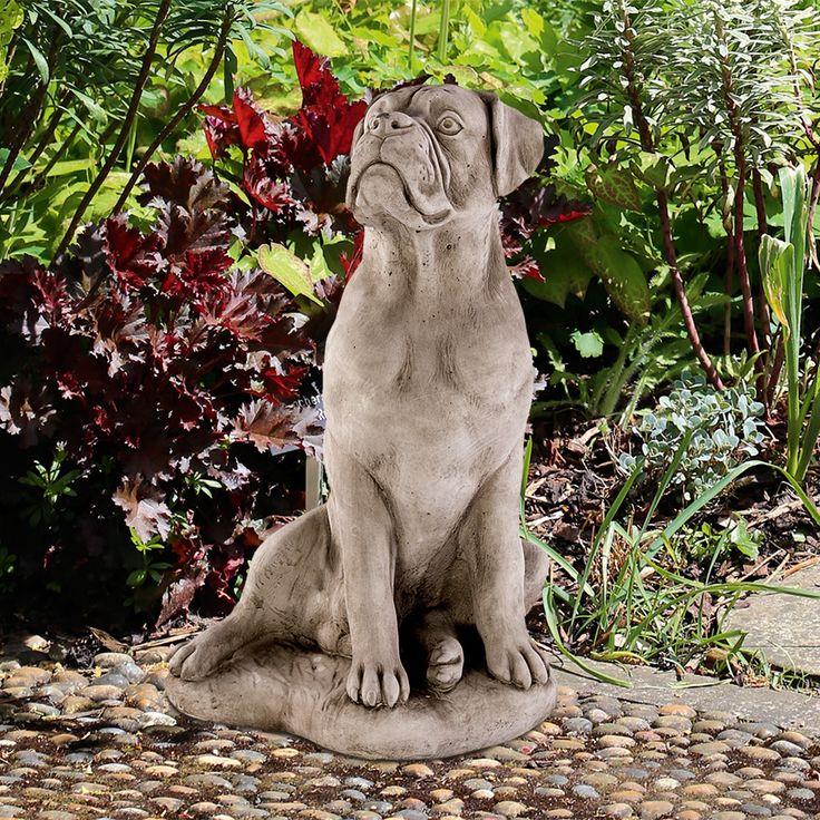 Boxer: Antik-patinierter Steinguss aus England. Das Gussmaterial ist eine Mischung... - gefunden auf www.country-garden.de