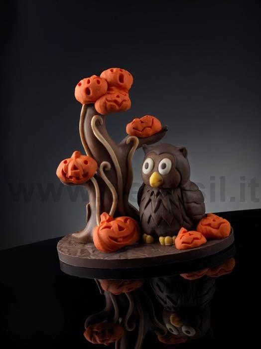 Stampo in silicone alimentare per creare albero, zucche e gufo in cioccolato. http://www.decosil.it/catalogo.asp?categoria=1,51,0,0,0,Stampi_dolcetti_HALLOWEEN,01.html
