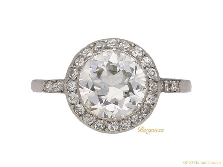 Art Deco diamond coronet cluster ring, circa 1920.