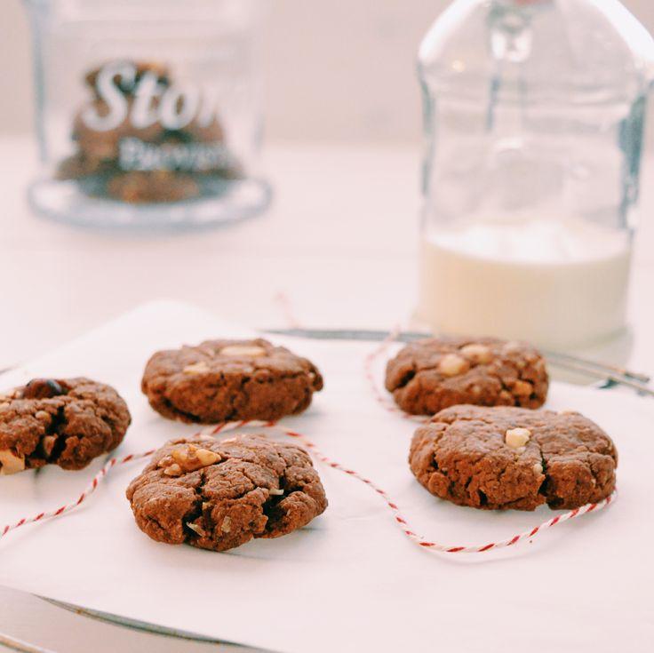 Maar wanneer ik het ineens in mijn koppie krijg om iets te bakken, deze gezonde koekjes bijvoorbeeld, vraag ik me af waarom ik het niet vaker doe.