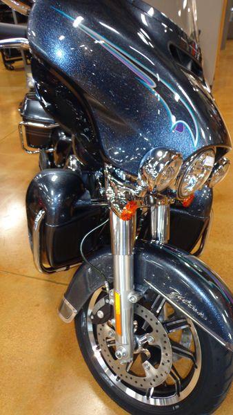 2015 Harley-Davidson - Electra Glide® Ultra Classic® - Black Magic - DeKalb Harley-Davidson