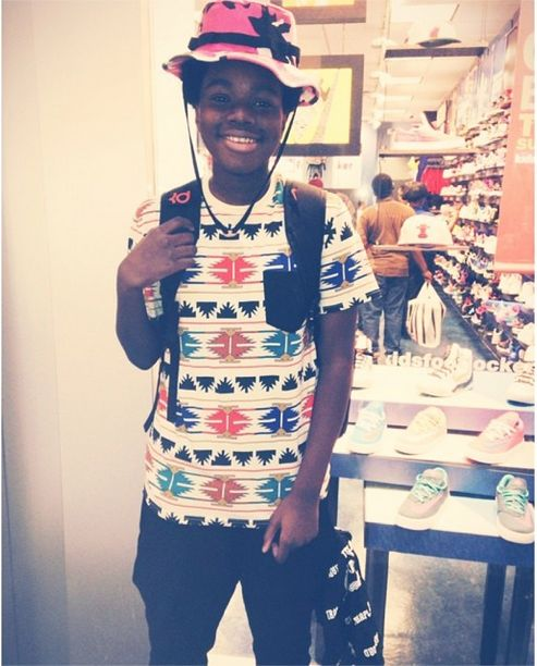 Young  Traplord  mf nehru spotted at the mall wearing the Pink Camo Bucket  Hat.  45  47a24119564
