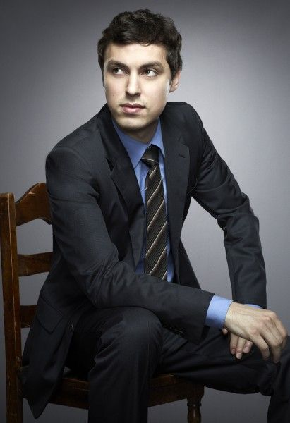 "John Francis Daley  (Dr. Lance Sweets, psychologist assigned to Booth & ""Bones"" Brennan   -  Fox TV series ""Bones"""