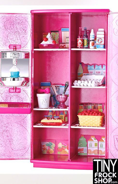Barbie Treats to TV Fridge is in a cool pink design and features stylish Barbie glittering accents. Plus, it has an built in frozen yogurt maker and Barbie will love all of the food and accessories!!
