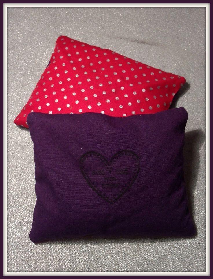 bouillotte sèche rouge et violet