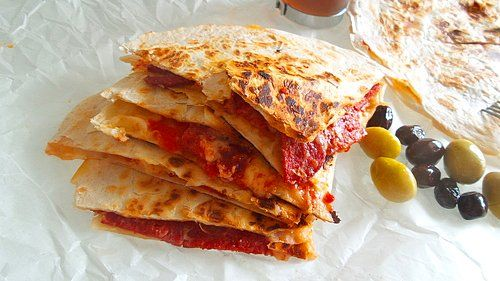 Lavaş+Pastırma+Kaşar Peyniri+Acuka+Tereyağı