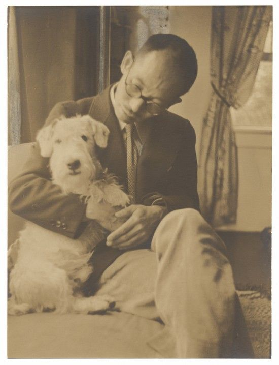 Yasuo Kuniyoshi with dog