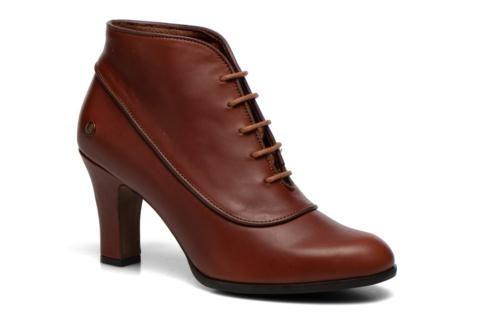 Neosens är ett skomärke som tilltalar många fashionistas med smak för den chica barockstilen. Deras låga stövlar eller Mary Janes skor med Neosens rococo klack, tillverkade i Spanien, ger dig en gotisk och samtidigt mycket modern look. Dessa extremt välgj ...