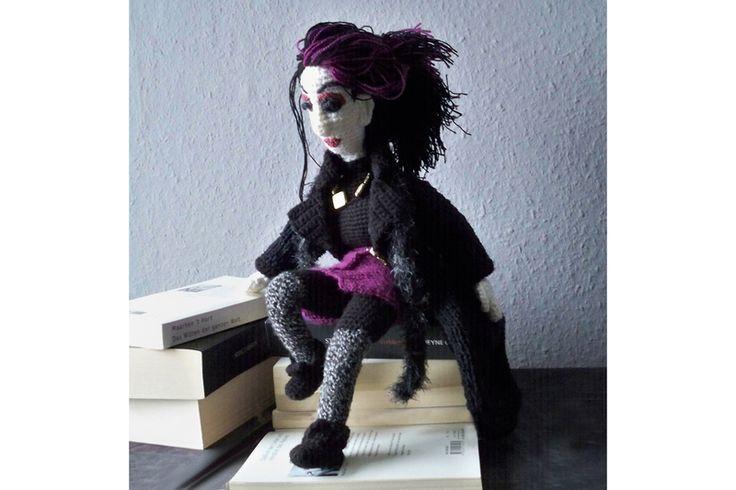 Weiteres - Gothic-Puppe Anleitung (gehäkelt und bestrickt) - ein Designerstück von michi-h-art bei DaWanda