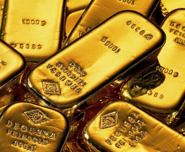 "Germany announced that they want their gold back from the US Fed along with the Netherlands seeking to do the same.    What did the US Fed say? ""Oh sure, no problem. We can give you 5% back within 7 years, no problem."" 7 years! Now that's scary! #truth"