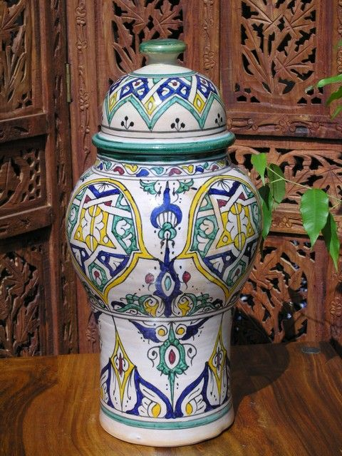 Traditional Fez ceramic vases create this classic look. Find our selection here http://www.maroque.co.uk/catalog.aspx?p=05803