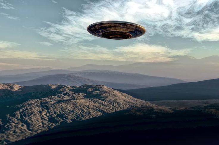 Banyak kejadian di alam ini yang memang masih misterius karena sampai saat ini masih belum ada penjelasan yang masuk akal. Salah satunya adalah UFO atau ...