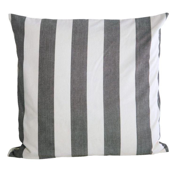 Stripe by Stripe kuddfodral i gruppen Textil / Plädar & Prydnadskuddar / Prydnadskuddar hos RUM21.se (128017)